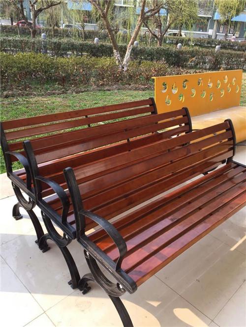 木桌椅制作 (6)